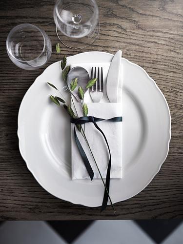 UPPLAGA vajilla 18 piezas, incluye 6 platos de 28cm, 6 platos de 26cm y 6 platos de 22cm de diámetro