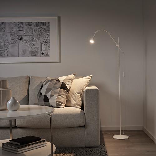 NÄVLINGE lámpara de pie/lectura