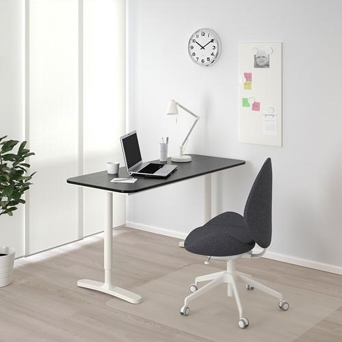 BEKANT escritorio, 140x60cm, patas regulables