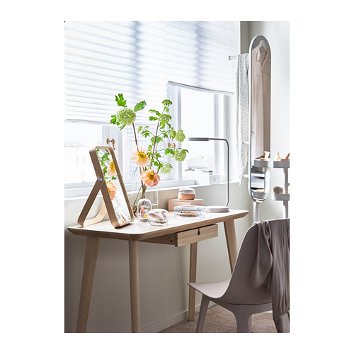 IKORNNES espejo de mesa