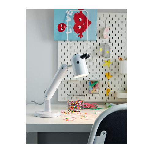KRUX lámpara de trabajo LED integrada