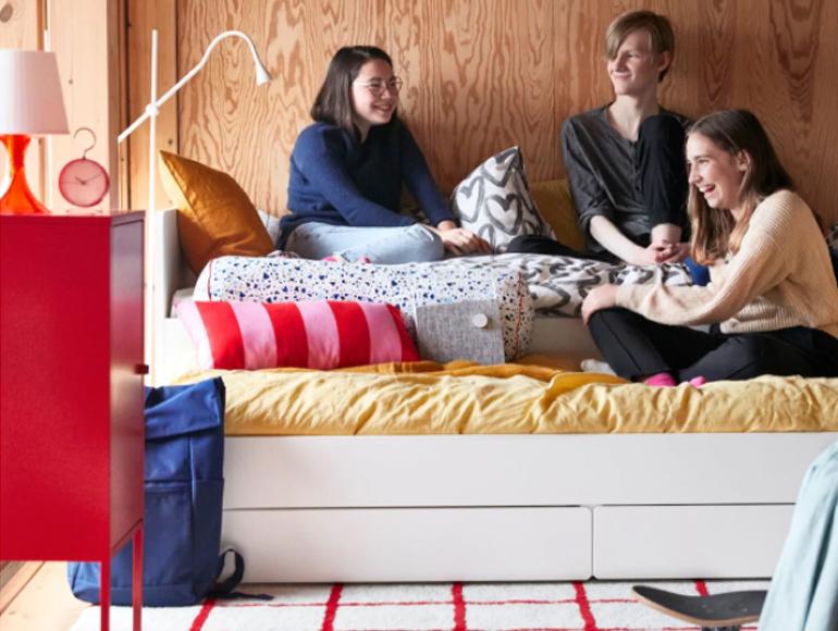 Un dormitorio juvenil para descansar y disfrutar